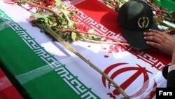 مراسم تشییع جنازه یکی از نیروهای سپاه که توسط نیروهای پژاک کشته شد