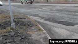 Ukraine, Crimea - to repair roads in the area of ATP, 15Dec2014