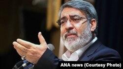عبدالرضا رحمانی فضلی، فعالیتهای زودهنگام انتخاباتی را «غیرقانونی» خواند.