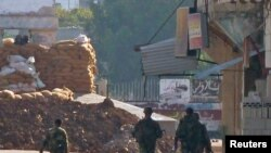 Војници во близина на Хомс во ноември во минатата година
