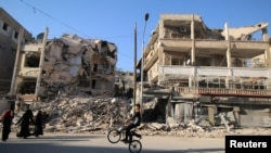 Алеппонун козголоңчулар колундагы району. 6-октябрь, 2016-жыл.