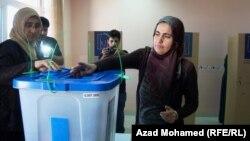 في احد المراكز الانتخابية في السليمانية 21 ايلول2013