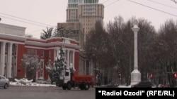 Башня с курантами будет возведена на месте стелы, установленной в честь 20-летия Таджикской ССР