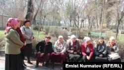 Барак эксклавынын тургундары. Кара-Суу району, 19-март, 2013.