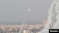 Пуск ракеты из сектора Газа по территории Израиля, 10 мая 2021 года.