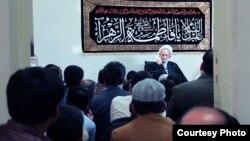 محمد تقي مصباح يزدی مدیریت مؤسسه آموزشی وپژوهشی امام خمینی را به عهده دارد.