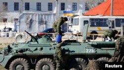 Расейскія вайскоўцы ў Крыме 23 сакавіка