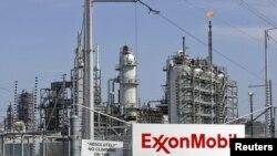 مصفاة نفطية لشركة أكسون موبل في ولاية تكساس الأميركية