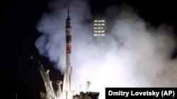 Запуск ракеты-носителя с арендуемого Россией космодрома Байконур в Кызылординской области Казахстана в сентябре 2019 года.