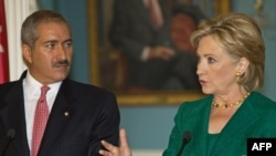 هیلاری کلینتون در ملاقات با ناصر جوده، وزیر امور خارجه اردن