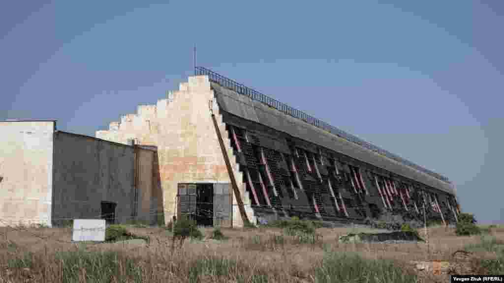 У такому стані зараз – колишня радіолокаційна станція «Дніпро», що входила в систему раннього попередження про ракетний напад. Станція знята з бойового чергування в 2009 році