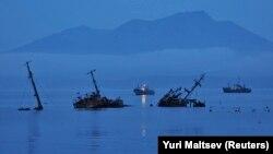 Острів Кунашир, фото архівне