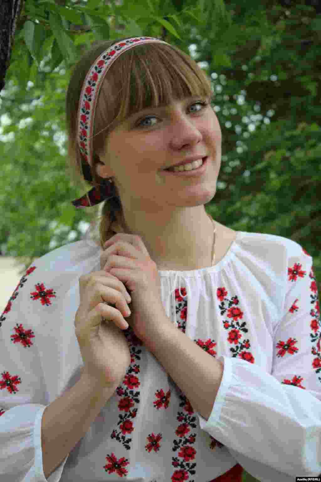 Беларус кызы Шандова Василина