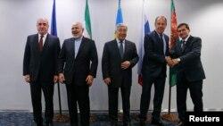 وزیران خارجه پنج کشور ساحلی دریای خزر. ۲۲ آوریل ۲۰۱۴.