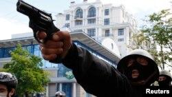 Проросійський активіст під час сутичок в Одесі 2 травня