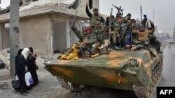 Сирийская армия вошла в жилые кварталы в восточном Алеппо