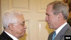 محمود عباس در این سفر با مقام های آمریکایی از جمله رییس جمهوری این کشور دیدار کرد. (عکس از AFP)