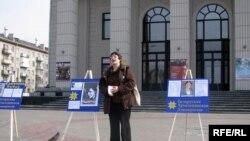 Валерыя Чарнаморцава чытае вершы Ларысы Геніюш