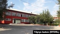 Школа имени Макаренко. Город Ош, 7 августа 2018 года.