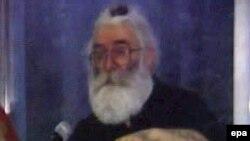 Radovan Karadžić za vrijeme bekstva, Foto: Slika objavljena u časopisu Zdrav život, 22. jul2008.