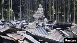 Мұсылмандар қиратты делінген буддистік храмның орны. Бангладеш, 30 қыркүйек 2012 жыл.