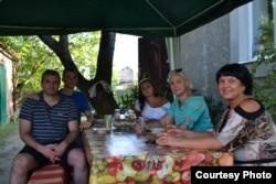 Ігор Брановицький з родичами. Червень 2013 року