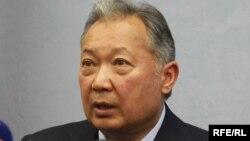 Курманбек Бакиев, свергнутый президент Киргизии, 2010 год