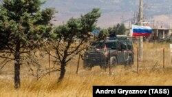 Российский военный автомобиль в Сирии