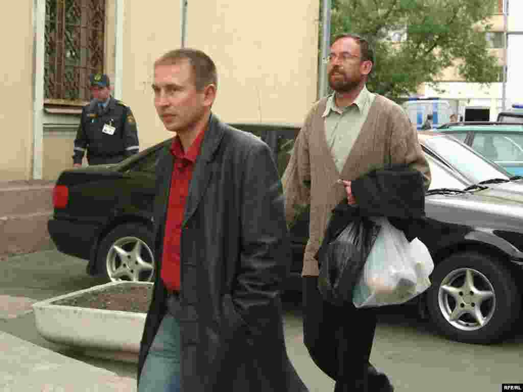 Вячаслаў Сіўчык перад судом, 4 чэрвеня - Вячаслаў Сіўчык перад судом, 4 чэрвеня