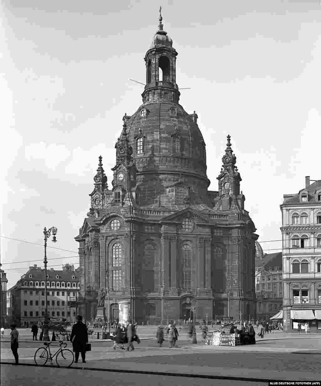 Dresden's Church Of Our Lady in 1930 -- shortly before the Nazis came to power in Germany and later plunged Europe into war.