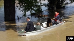 Akcija spašavanja u selu Gunja, Hrvatska, 18. maj