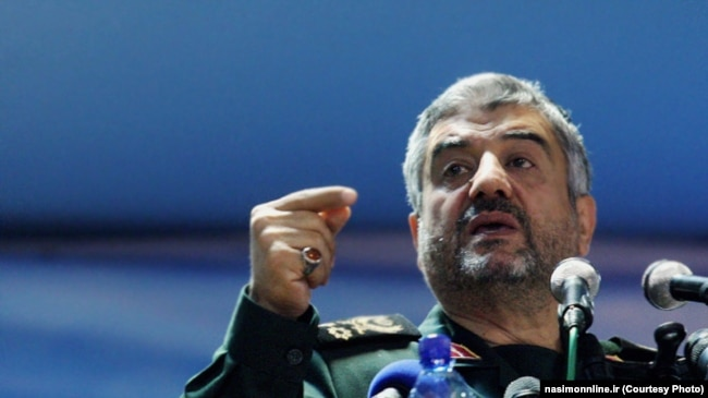 The commander of the Islamic Revolutionary Guards Corps, Mohammad Ali Jafari, warned against pro-Western and liberal tendencies among state officials.