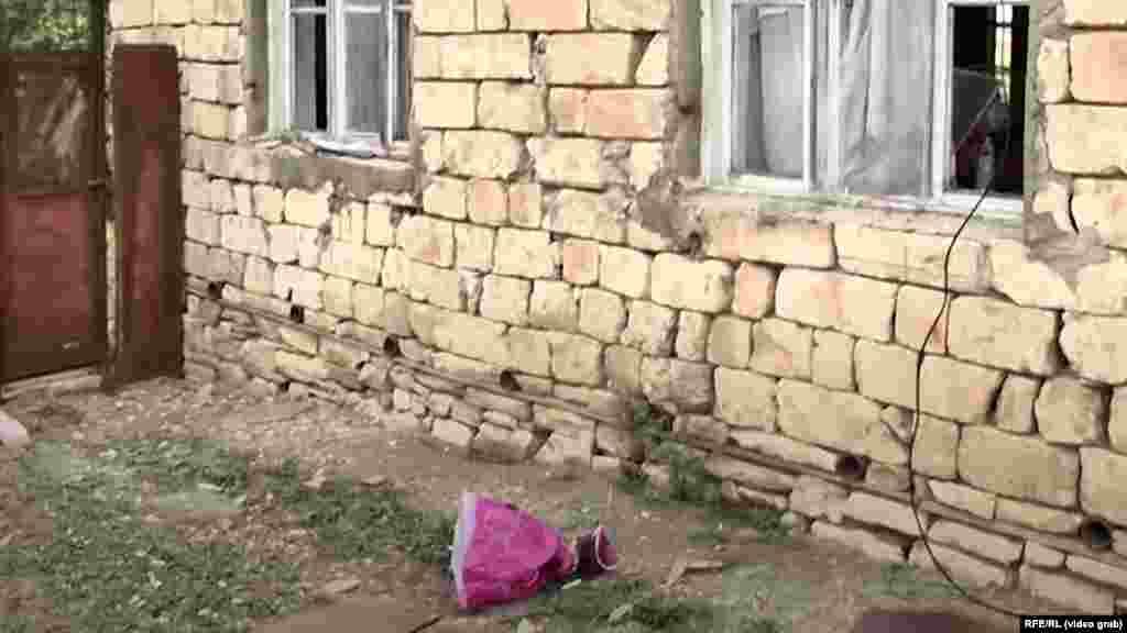 НАГОРНО - КАРАБАХ - Советот за безбедност на ОН ги повика ерменските и азербејџанските сили веднаш да престанат со борбите околу регионот Нагорно-Карабах по тридневните судири.