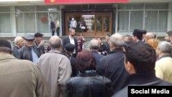 Первый заместитель главы Меджлиса Нариман Джелял в перерыве между заседаниями суда по делу о запрете Меджлиса