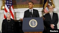 Срок полномочий нынешнего председателя ФРС Бена Бернанке истекает в январе 2014 года