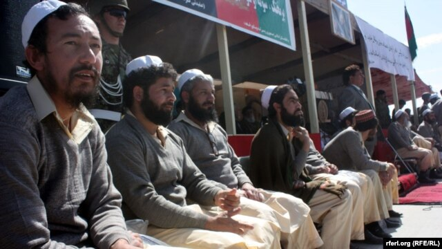 More than half of the Afghan prisoners UNAMA interviewed said they'd been ill-treated or abused in prison. (file photo)