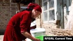 Жительница Коминтерна вынуждена экономить воду