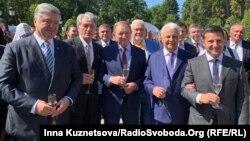 Президенты Украины: Петр Порошенко, Виктор Ющенко, Леонид Кучма, Леонид Кравчук, Владимир Зеленский. Киев, 24 августа 2019