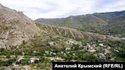Вид на село Ай-Серез