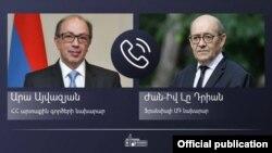 Министр иностранных дел Армении Ара Айвазян (слева) и министр иностранных дел Франции Жан-Ив Ле Дриан