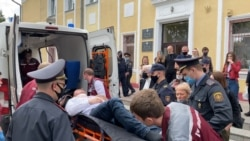 Belarusian Activist Cuts His Own Throat During Court Hearing