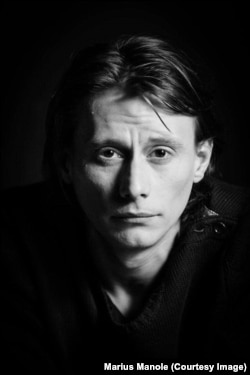 """""""Îmi doresc să am experiențe și întâlniri"""" - Marius Manole"""