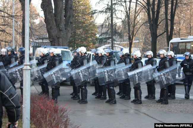 Čak su rezervni policajci dobili ovlaštenja kao i redovni pripadnici policije, upozorava Korajlić