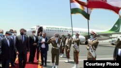 عکسی که از مراسم استقبال رییس اقلیم کردستان در تهران منتشر شده است.
