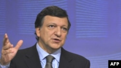 "European Commission President Jose Manuel Barroso said the ""20-20-20"" targets are ""nonnegotiable."""