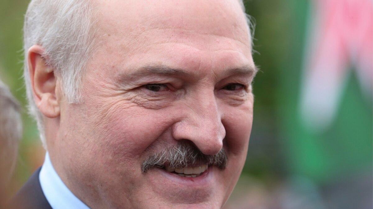 Парламент Беларуси на 9 августа назначил выборы президента страны