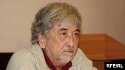 Тошкентлик ҳуқуқ фаоли Суръат Икромов.