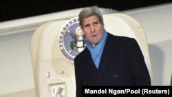 John Kerry na aerodromu u Moskvi, 14. decembar 2015. godine, ilustrativna fotografija