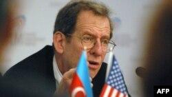 Әзербайжандағы АҚШ елшісі Ричард Морнингстар.