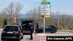 Ֆրանսիա - Ոստիկանությունը արգելափակել է դեպի Տրեբ ճանապարհը, 23-ը մարտի, 2018թ․
